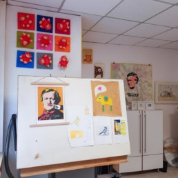 mein atelier mit sicht auf zeichentisch und richard wagner